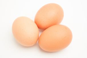 Three brown eggsの素材 [FYI00488937]