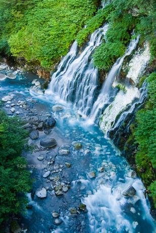 美瑛町白金・白ひげの滝の写真素材 [FYI00488994]