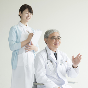 医者と看護師の写真素材 [FYI00491424]