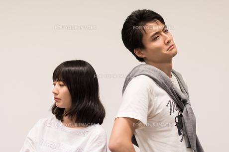 喧嘩をするカップルの写真素材 [FYI00491752]