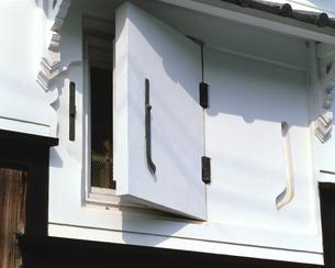 倉の窓の素材 [FYI00492916]