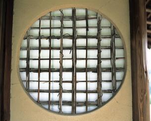 和風の窓の素材 [FYI00492927]