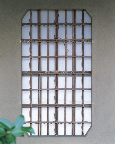 和風の窓の素材 [FYI00492930]