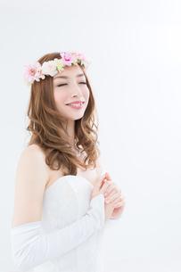 ウエディングドレスの女性の写真素材 [FYI00493228]
