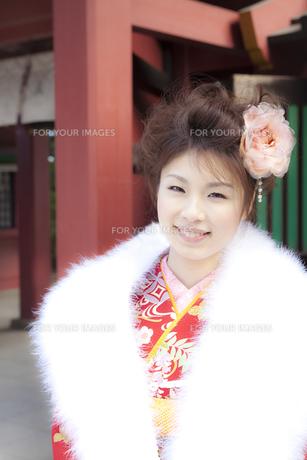 着物姿の女性 宮城県塩釜市の写真素材 [FYI00496431]