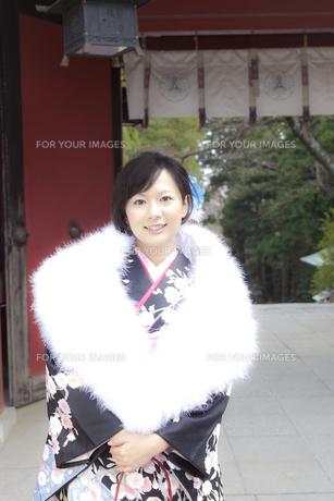 着物姿の女性 宮城県塩釜市の写真素材 [FYI00496437]