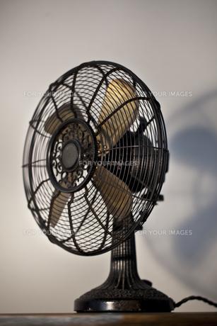 レトロな扇風機の写真素材 [FYI00496474]