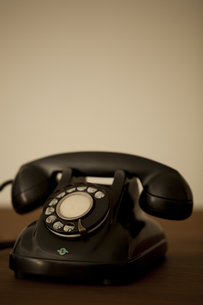 レトロな電話 の写真素材 [FYI00496491]