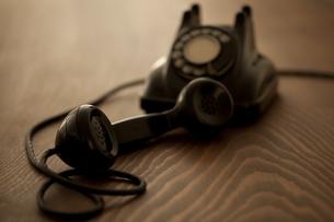 レトロな電話 の写真素材 [FYI00496493]