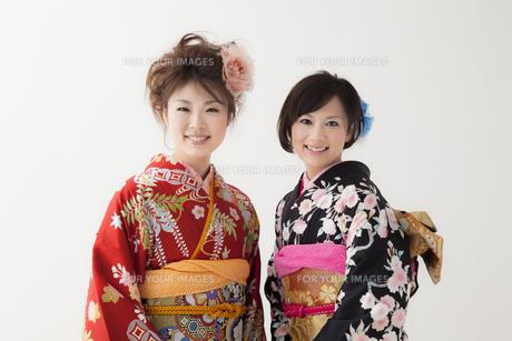 着物姿の女性2人 宮城県仙台市の写真素材 [FYI00496987]