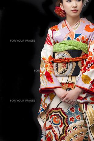 着物姿の女性の写真素材 [FYI00497001]