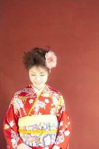 着物姿の女性 宮城県塩釜市の写真素材 [FYI00497025]