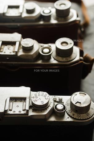 三台の古いカメラの写真素材 [FYI00497194]