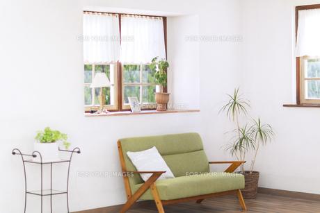 ソファーのある部屋の写真素材 [FYI00497282]