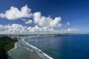 グアム島 恋人岬展望台よりタモン湾を望むの写真素材 [FYI00497489]