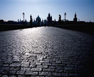 チェコ共和国プラハのカレル橋の写真素材 [FYI00497510]