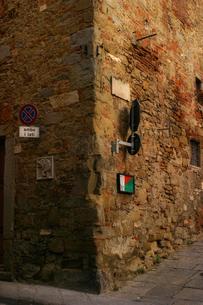 イタリア アレツッオの街角の写真素材 [FYI00497552]