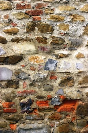 イタリア アレツッオの街の壁の写真素材 [FYI00497554]