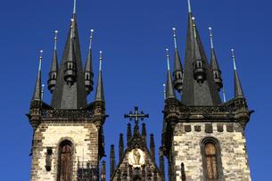 チェコ共和国プラハの街の塔の写真素材 [FYI00497587]