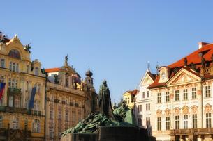 チェコ共和国プラハの街の彫刻の写真素材 [FYI00497588]