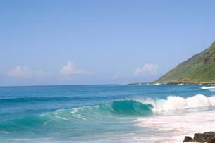 ハワイオアフ島、ヨコハマベイの様子の写真素材 [FYI00498089]