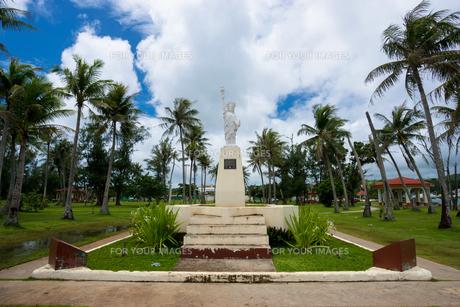 グアム島 パセオ公園の自由の女神の写真素材 [FYI00498791]