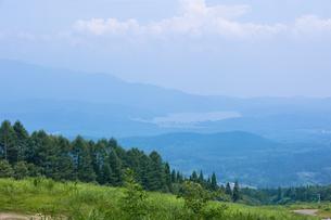 妙高高原より野尻湖を眺めるの写真素材 [FYI00498894]