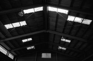工場屋根の写真素材 [FYI00499099]