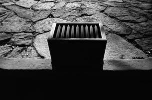 賽銭箱の写真素材 [FYI00499104]