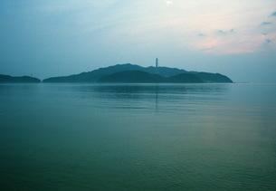 早朝、海の写真素材 [FYI00499144]