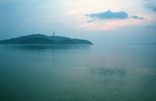 早朝、海2の写真素材 [FYI00499146]