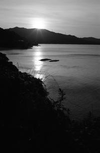 海岸線、モノクロの写真素材 [FYI00499153]