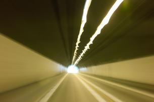トンネルの写真素材 [FYI00499178]