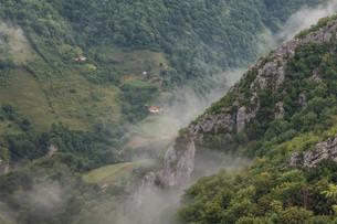 mountainsの写真素材 [FYI00537177]