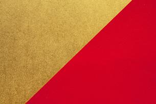 金と赤の和紙の写真素材 [FYI00541067]