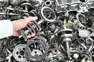 バイクエンジンの部品の写真素材 [FYI00542368]