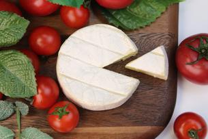 カマンベールチーズの写真素材 [FYI00543626]