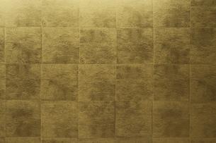 金屏風のテクスチャ背景の写真素材 [FYI00543990]
