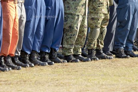 防災訓練の参加者の写真素材 [FYI00545153]