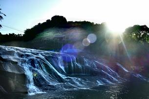 滝の写真素材 [FYI00545324]