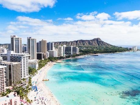 ハワイ ホノルル ワイキキビーチ ダイヤモンドヘッドの写真素材 [FYI00545472]