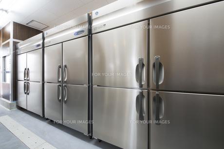 レストランの新設冷蔵庫の写真素材 [FYI00547218]