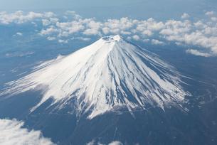 12月の富士山の写真素材 [FYI00549540]
