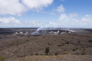 ハレマウマウ・クレーター - キラウエア火山、ハワイ島 -の写真素材 [FYI00554409]