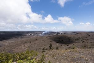 ハレマウマウ・クレーター - キラウエア火山、ハワイ島 -の写真素材 [FYI00554410]