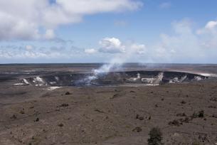 ハレマウマウ・クレーター - キラウエア火山、ハワイ島 -の写真素材 [FYI00554411]