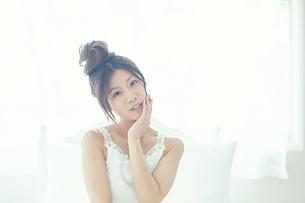 肌の綺麗な女性の写真素材 [FYI00559462]