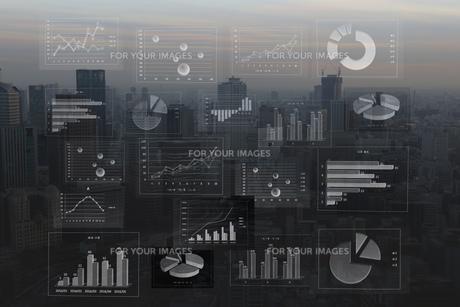 ビジネスイメージ ファイナンシャルグラフの写真素材 [FYI00560245]