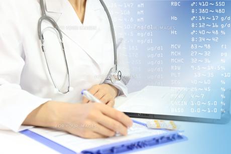 医療イメージ 健康診断の写真素材 [FYI00560270]