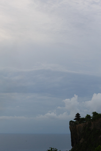 バリ島ウルワトゥ海岸の写真素材 [FYI00566986]